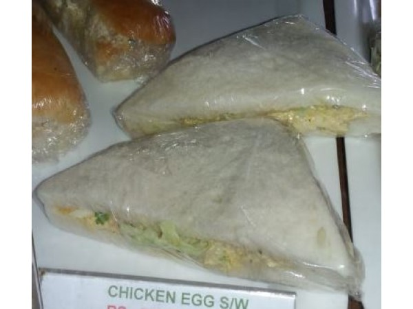 5 Ps Chicken Egg Sandwich from Cakes