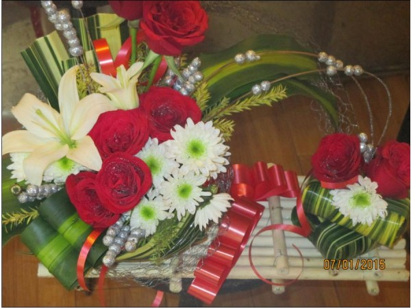 Flower bouquet 16 with one greetings card_flw46