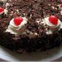 BLACK FOREST CAKE   500GM with one greeting card